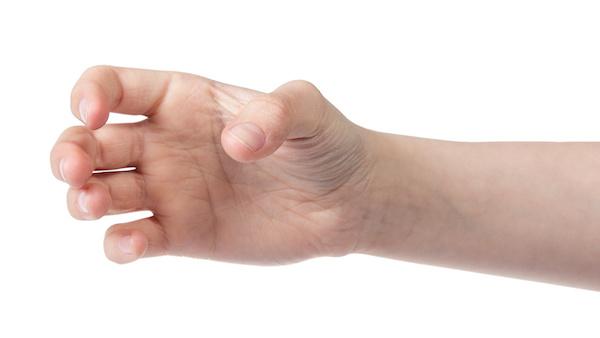 オナ友にオナニーを見せる男性の手